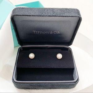 Tiffany & Co. Tiffany Signature Pearls Earrings